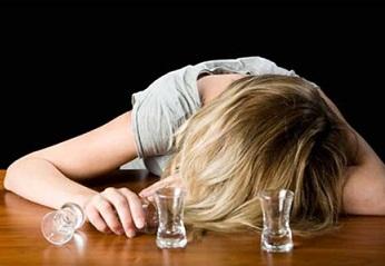 Почему тянет к алкоголю?